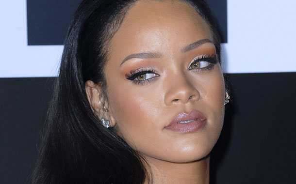 "Rihanna's 8th Album ""Anti"" Released on TIDAL Following Online Leak"